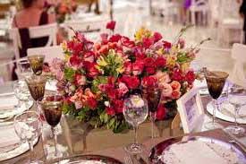 decore as mesas de convidados do seu casamento