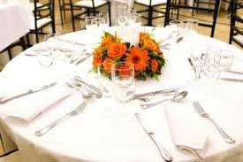 dicas e fotos para inspirar quem quer planejar a decoração de mesas de casamento