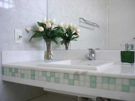 Resultado de imagem para vasos decorativos para banheiro