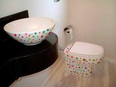 Dicas de Banheiros decorados com objetos