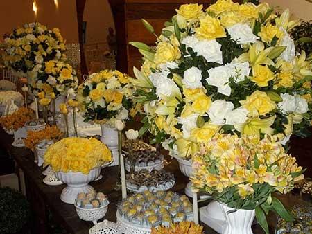 Imagens de Casamento amarelo e branco