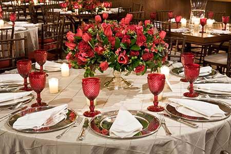 decoração de casamento Vermelho e branco mesa grande