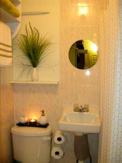 #474632 35 DICAS DE COMO DECORAR BANHEIROS Fotos e Dicas 390x520 px decoração de banheiros pequenos simples