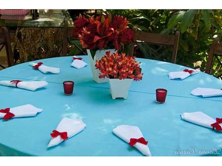 fotos e imagens de decoração vermelha para casamento