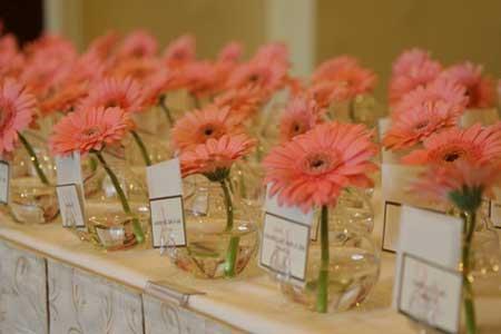 Decoração de Casamento simples e barato flores