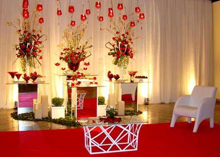 fotos de casamentos decorados com vermelho