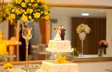 Dicas de mesas de bolo para o seu casamento