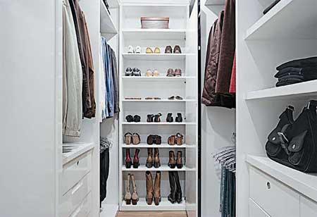 quarto com closet decorado
