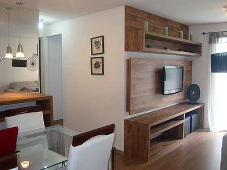 Decora o de casas pequenas baratas bonitas ideias fotos for Salas de estar pequenas