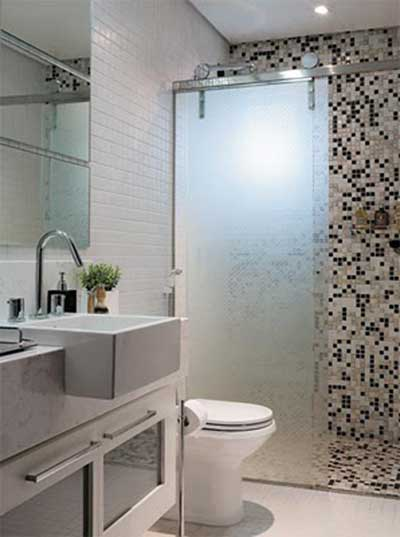 51 BANHEIROS DECORADOS COM PASTILHAS -> Banheiro Simples De Sitio