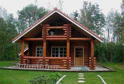 33 fotos de casas de madeira for Casas modernas redondas