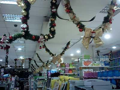imagens de decoração de loja para natal
