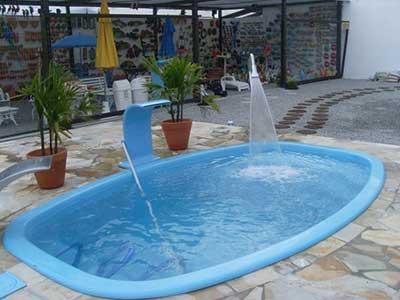 Decora o para piscinas pequenas e grandes para festas for Piscina e maschile o femminile