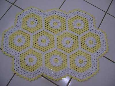 imagem de tapete de crochê