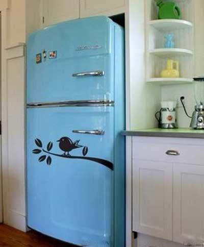 geladeiras com adesivos