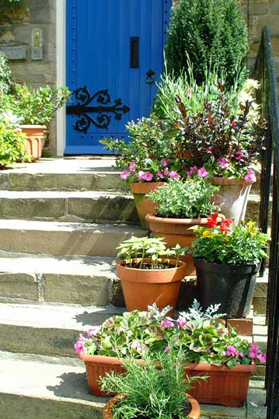 decoracao de jardins quintalvasos e cachepots para jardim de todos os