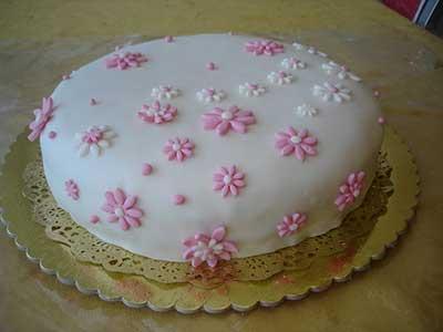 modelos de bolos com pasta americana