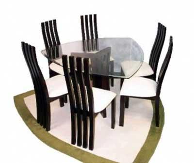 imagens de mesas triangulares