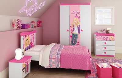 quarto com decoração da barbie