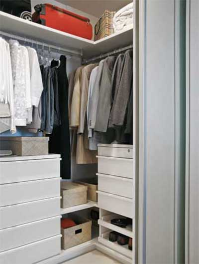Closets pequenos modernos funcionais bonitos e decorados for Closets para apartamentos pequenos