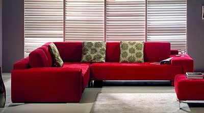 decoração com sofá vermelho
