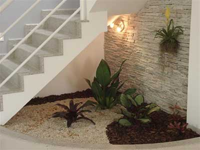 Como construir um jardim de inverno na sala quarto casa for Modelos de jardines interiores pequenos