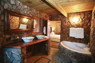 Casas r sticas decoradas fotos ideias dicas imagens for Cortinas para banos rusticos