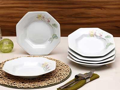 fotos de conjuntos de pratos