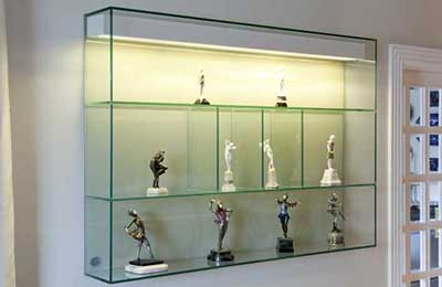 fotos de prateleiras de vidro