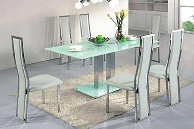 30 modelos de mesas para cozinha pequenas grandes for Modelos de mesas cuadradas