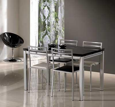 30 modelos de mesas para cozinha pequenas grandes for Mesas para apartamentos pequenos