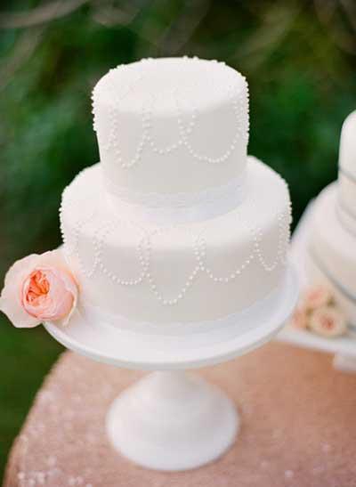 dicas de bolos de casamento mais simples