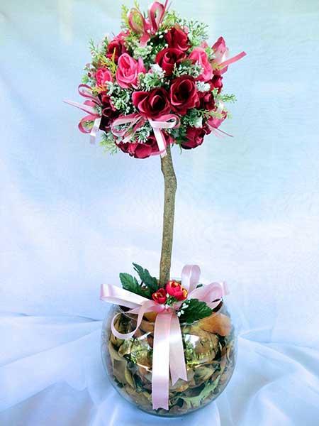 arranjo com flores artificiais
