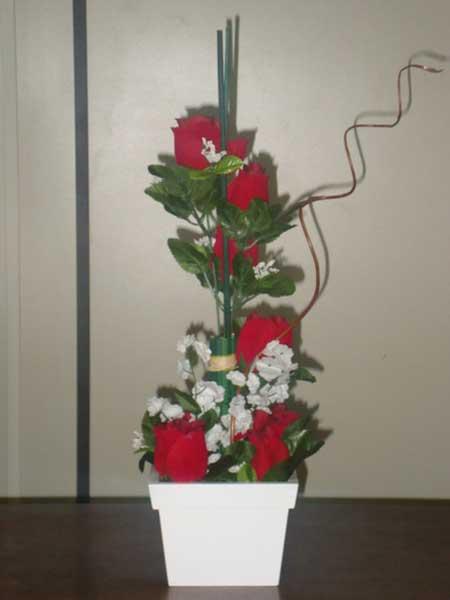 imagens de arranjo com flores artificiais