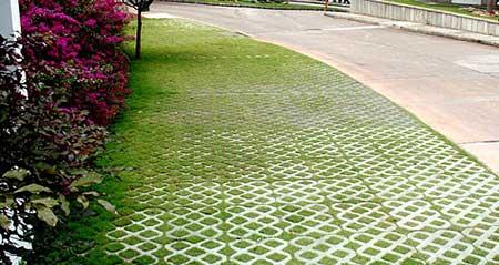concreto com grama
