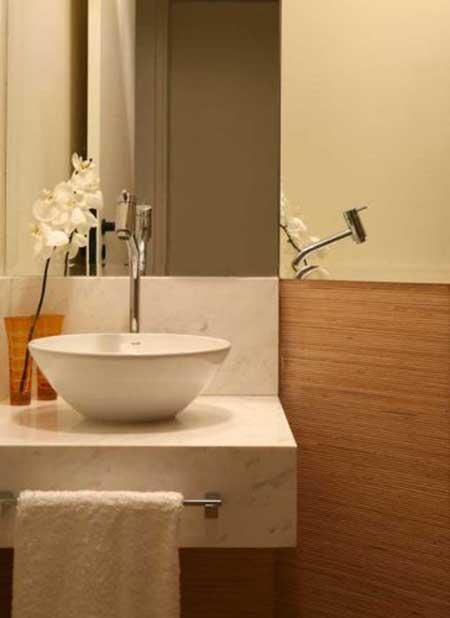 Lavabo pequeno decorado ideias decora o fotos for Ideas para lavabos pequenos