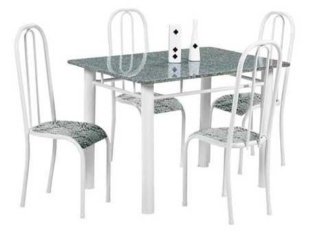 dica de mesa com quatro cadeiras