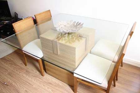 com quatro cadeiras