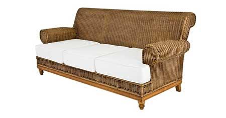 fotos de sofá de madeira