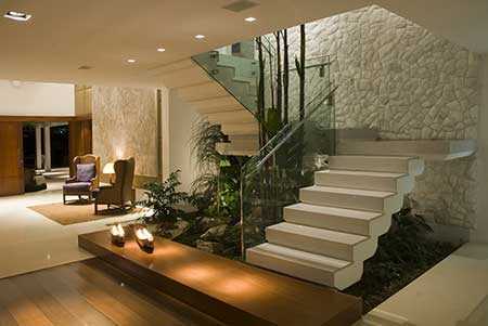 Modelos de escadas fotos imagens sugest es decora o for Escaleras pequenas para interiores