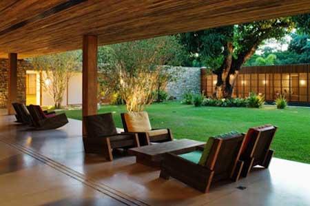 Fotos de casas com piscina e jardim 60