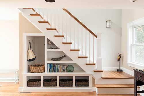 50 Ideias de Decoraç u00e3o Embaixo da Escada (Inspiraç u00e3o) -> Decoração De Hall Com Escada