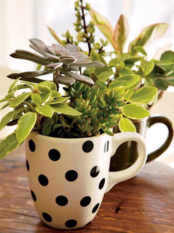 como transformar canecas em vasos de flores